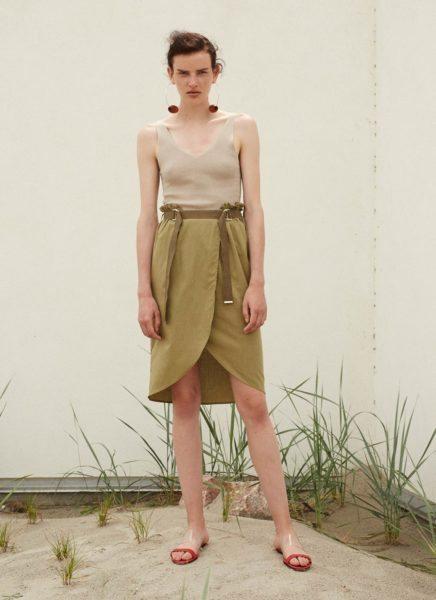 Delu Skirt Grass